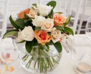 Fishbowl Roses Centrepiece